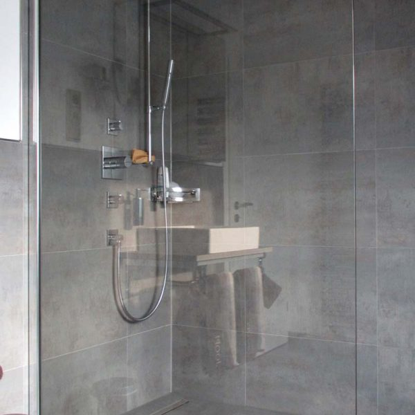 Nachher –Dusche