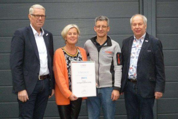 Mitarbeiter von Ringel und Bosch bei Auszeichnung als Bosch Premium-Partner